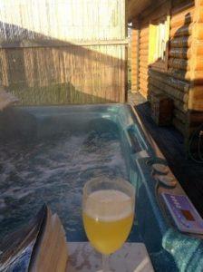 Suffolk hot tub holidays - dog-friendly lodges
